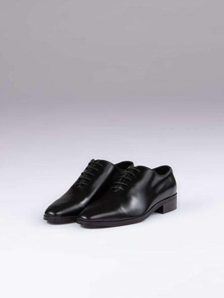 Pantofi oxford whole cut negri semilac