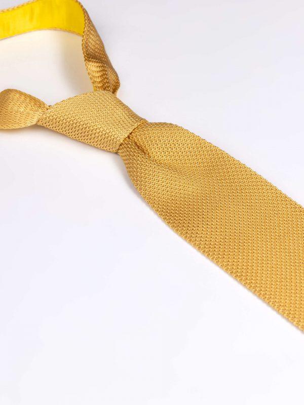 Cravata matase brodata galbena