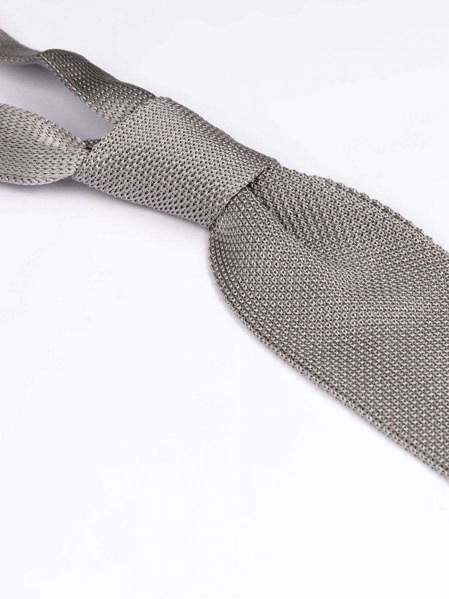 Cravata matase brodata gri